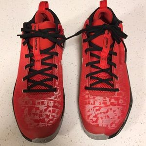 Under Armour Micro G shoe